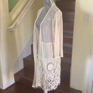 Tops - Gorgeous Lace/Mesh Ivory Kimono